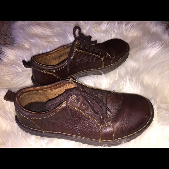 Genuine Leather Born Dress Shoes Brown
